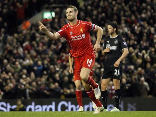 Sự tiến bộ nhanh của đội trưởng J.Henderson là một trong những yếu tố giúp Liverpool thăng hoa kể từ đầu năm 2015 Ảnh: REUTERS