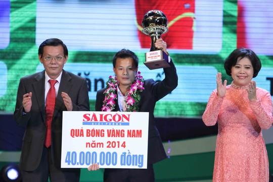 Tiền vệ Phạm Thành Lương của Hà Nội T&T lần thứ ba giành Quả bóng vàng Việt Nam Ảnh: Hoàng Triều
