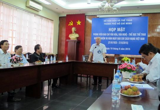 Giám đốc Sở Văn hóa - Thể thao TP HCM Phan Nguyễn Như Khuê tại cuộc gặp các nhà báo chiều 19-6
