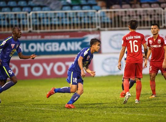 Niềm vui trở lại với HAGL của Thanh Tùng (18) sau 11 vòng toàn hòa và thuaẢnh: MInh Trần