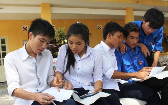 Thí sinh Phú Yên đã chuẩn bị cho kỳ thi tốt nghiệp THPT quốc gia tại cụm thi Nha Trang, không thể thay đổi, làm xáo trộn