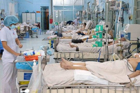 Các bệnh nhân điều trị tại Bệnh viện Cấp cứu Trưng Vương (TP HCM)Ảnh: TẤN THẠNH