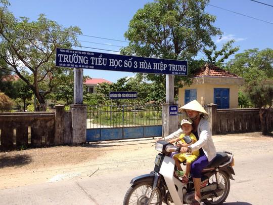 Trường Tiểu học số 3 Hòa Hiệp Trung, nơi bà Trang đội lốt em mình làm cán bộ  thư viện