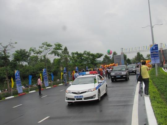 Thông xe đưa vào sử dụng đường du lịch Bà Nà- Suối Mơ