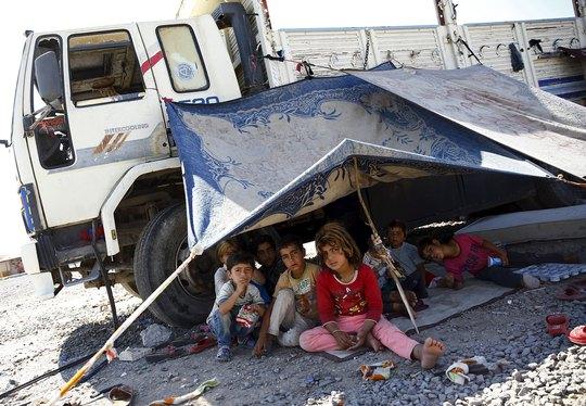 Trẻ em Syria tị nạn ở tỉnh Sanliurfa, Thổ Nhĩ Kỳ Ảnh: REUTERS