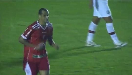 Rivaldo trong màu áo Mogi Mirim ở tuổi 43