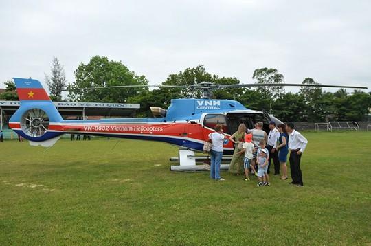 Một chuyến bay trực thăng của Vietnam Helicopters