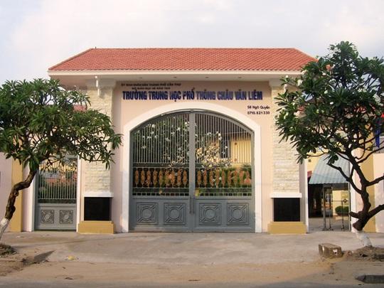 Ngôi trường 98 năm tuổi sắp bị đập bỏ