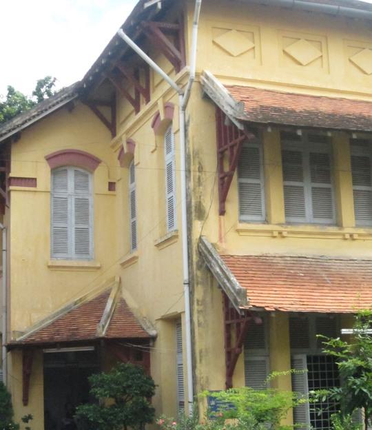 Vẻ đẹp của ngôi trường 98 năm tuổi sắp bị đập bỏ