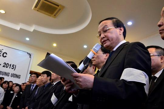 Ông Tô Huy Rứa đọc điếu văn tiễn đưa ông Nguyễn Bá Thanh