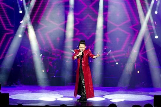 Tùng Dương đưa khán giả chìm vào không gian âm nhạc của mình