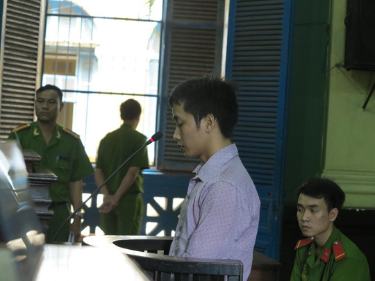 Nguyễn Văn Dũng tại tòa