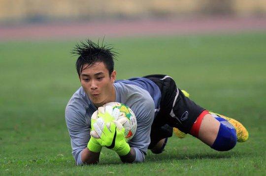 Thủ môn Hoài Anh của Olympic Việt Nam chơi rất xất sắc