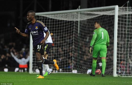 Valencia mở tỉ số trận đấu