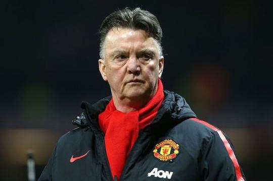 HLV Van Gaal đã bắt đầu lo lắng sau khi bị Arsenal loại khỏi FA Cup
