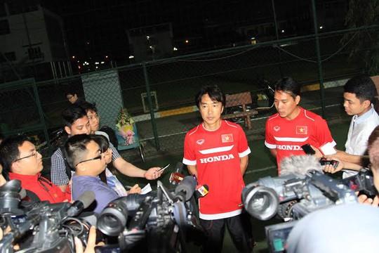 HLV Miura trả lời phỏng vấn