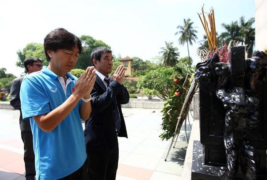 HLV Miura và ông Nguyễn Xuân Gụ