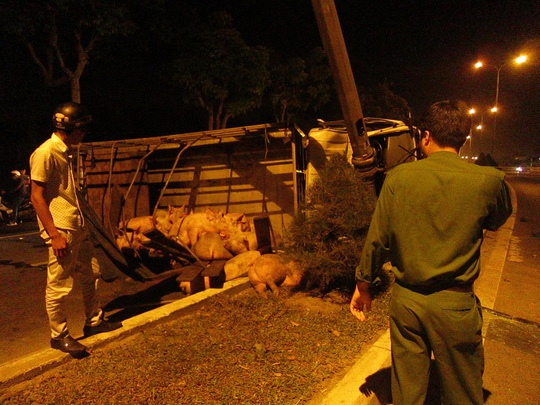 2 vụ tai nạn lúc chiều tối, 2 người thương vong