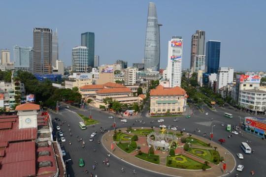 Khu vực trước chợ Bến Thành và đường Lê Lợi nằm trong phương án xây dựng trung tâm thương mại ngầm dưới lòng đất - Ảnh: Hữu Khoa