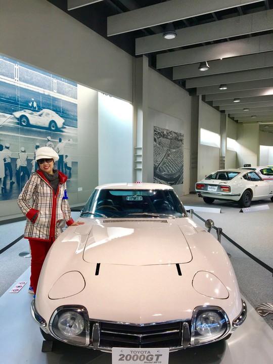 2000GT - một trong những chiếc xe hơi nhanh nhất mà Toyota từng chế tạo