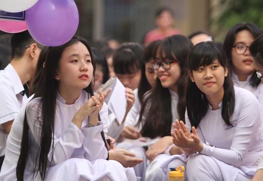 Học sinh Trường THPT Gia Định