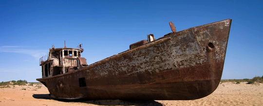 Khó tin được sa mạc này từng là biển nội địa lớn thứ tư thế giới. Ảnh: BBC