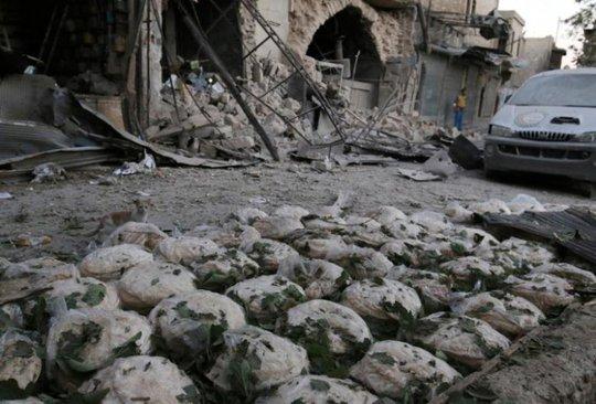 Khu phố Bab al-Maqam ở Aleppo bị tàn phá. Ảnh: REUTERS
