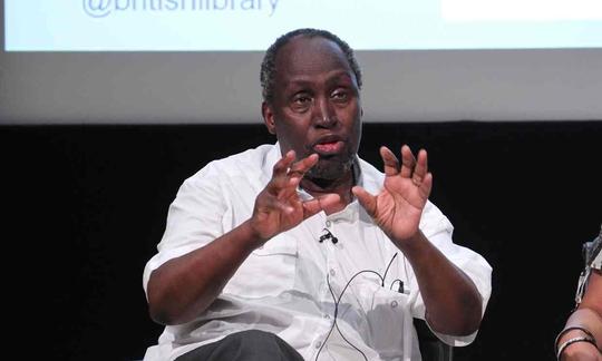 Nhà văn Ngugi Wa Thiongo (Kenya). Ảnh: ALAMY