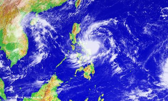 Bão Karen sẽ ập vào tỉnh Aurora nằm trên bờ biển phía Đông của đảo chính Luzon trước rạng sáng ngày 16-10 (giờ địa phương). Ảnh: CNN