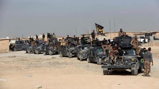 Lực lượng Iraq chuẩn bị tham gia chiến dịch tái chiếm Mosul. Ảnh: AP