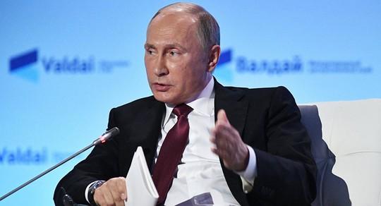 Ông Putin phát biểu tại một cuộc họp của CLB Thảo luận Valdai ở TP Sochi hôm 27-10. Ảnh: SPUTNIK