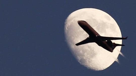 Ấn Độ sẽ phạt hãng hàng không nào để máy bay xả chất thải xuống đất khi đang bay. Ảnh: REUTERS