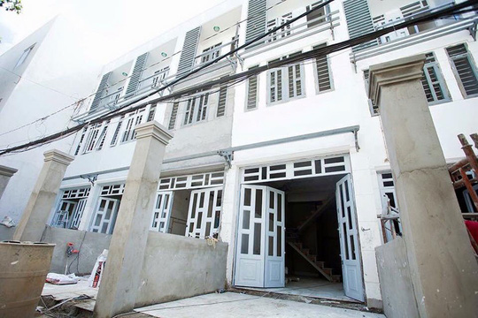 Một dự án nhà phố giá rẻ đang được thực hiện tại huyện Nhà Bè, TP HCM