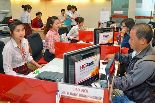 Các ngân hàng thương mại cả trong và ngoài nước liên tục đổi mới công nghệ Ảnh: TẤN THẠNH