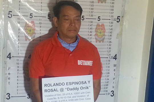 Ông Rolando Espinosa Sr bị cảnh sát bắn chết trong tù hôm 5-11. Ảnh: ABS-CBN