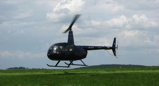 Chiếc trực thăng Robinson R44 của Nga. Ảnh: Wikipedia