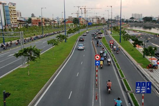 Nhiều công trình hạ tầng được xây dựng từ vốn vay nước ngoài Ảnh: TẤN THẠNH