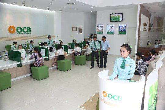 Khách hàng giao dịch tại OCB