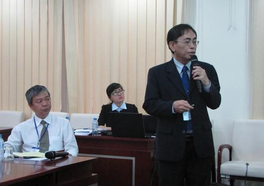 PGS-TS Nguyễn Hội Nghĩa phát biểu tại hội thảo về kiểm định chất lượng diễn ra ngày 14-10 ở ĐHQG TP HCM Ảnh: LÊ THOA