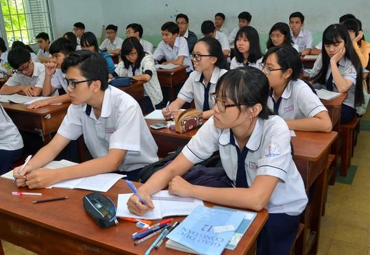 Các trường THPT đang tăng tiết dạy thêm môn giáo dục công dân, chuẩn bị cho kỳ thi THPT quốc gia Ảnh: TẤN THẠNH
