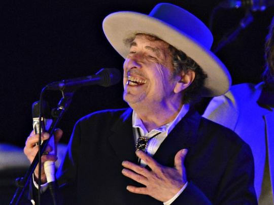 Bob Dylan trình diễn trong lễ hội The Hop ở Mỹ tháng 6-2012 Ảnh: REUTERS