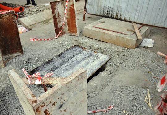 Hố ga nơi được che lại sau khi người đàn ông tử vong