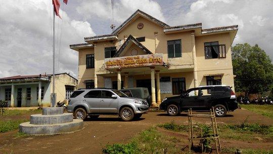 Đoàn công tác do thứ trưởng Phạm Dũng đang làm việc với cơ quan chức năng tỉnh Đắk Nông tại trụ sở UBND xã Đắk Ngo
