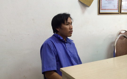 Tài xế Phạm Hồng Tư lái xe buýt tuyến số 10, từ Suối Tiên đi Bến xe Miền Tây, đã cự cãi và đâm người đi xe máy.