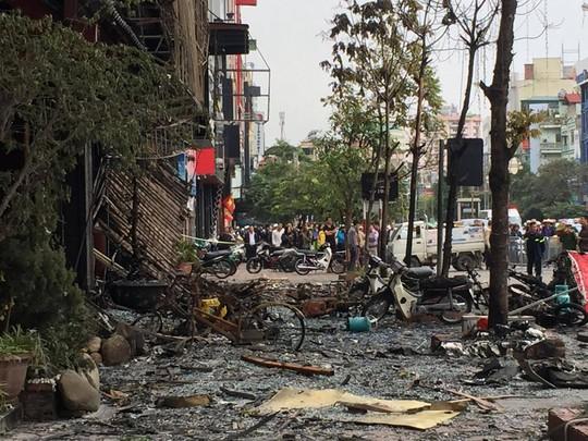 Những xác xe máy còn lại cho thấy mức độ kinh khủng của vụ cháy này
