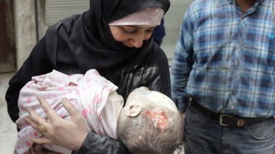Nhu cầu chăm sóc y tế của người dân Aleppo ngày càng cao. Ảnh: CNN