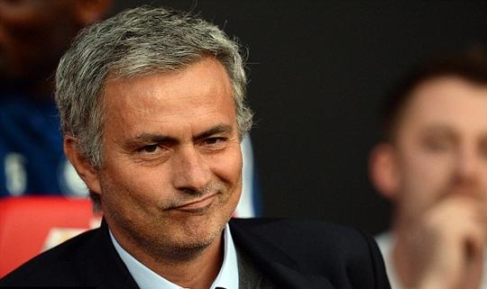 Mourinho đã thẳng tay loại Carneiro chỉ vài cứu người không đúng cách