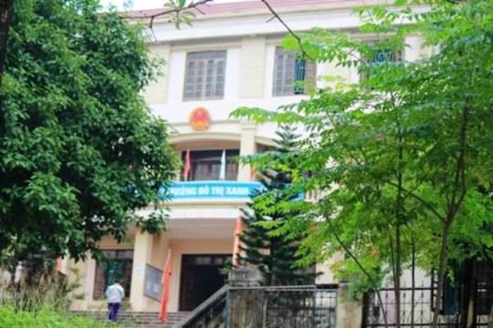 Công sở phường Đông Sơn đóng cửa trong giờ hành chính