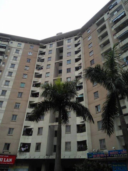 Tòa nhà chung cư xảy ra vụ việc khiến bé trai tử vong thương tâm - Ảnh: CTV