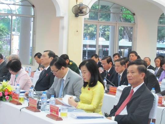 Các đại biểu dự kỳ họp